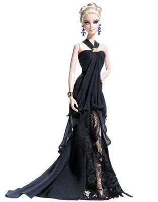 Барби в черном платье